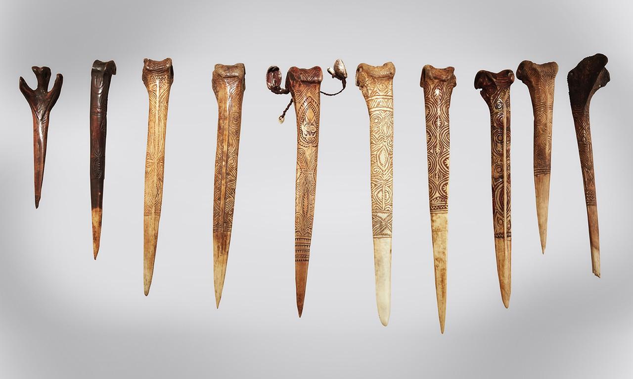 Blade with a Beak: New Guinean Bone Daggers